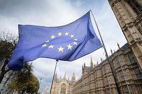 اتحادیه اروپا به اجرای برجام متعهد میماند