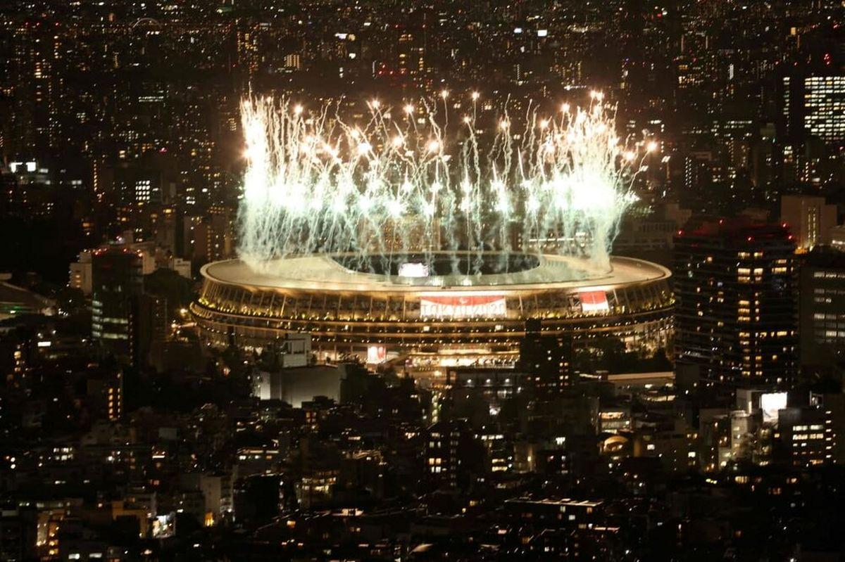 آتشبازی مراسم افتتاحیه پارالمپیک توکیو ۲۰۲۰ + عکس