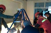 سقوط آزاد خونین کارگر به عمق چاه ۳۰ متری +عکس