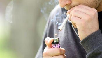 ۱۲ درصد ایرانیها سیگاری هستند