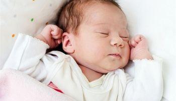 نامه نوبخت به ظفرقندی برای پیگیری قطع انگشت دست یک نوزاد