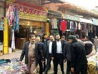 تصویری دیدنی از بازارگردی شمخانی با لباس محلی +عکس