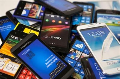 قاچاق ۱۲ و نیم میلیون گوشی تلفنهمراه به کشور در سال