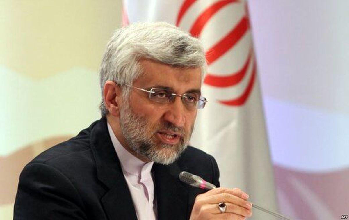 انتقاد جلیلی از نحوه توزیع سبدکالا و اقلام ضروری در دولت روحانی