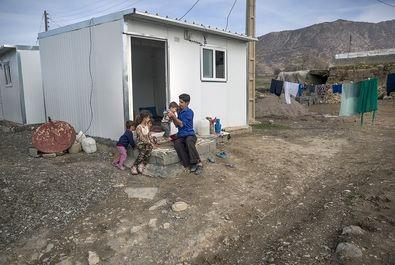 اسکان موقت زلزله زدگان «ثلاث باباجانی » همزمان با بازسازی واحدهای مسکونی