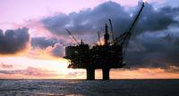 چرا نفت روی میز بورس ماند؟/تصمیم جدید وزارت نفت برای فروش نفت در بورس