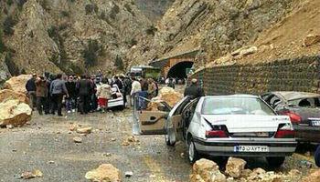 مرگ یک نفر بر اثر ریزش سنگ در جاده هراز