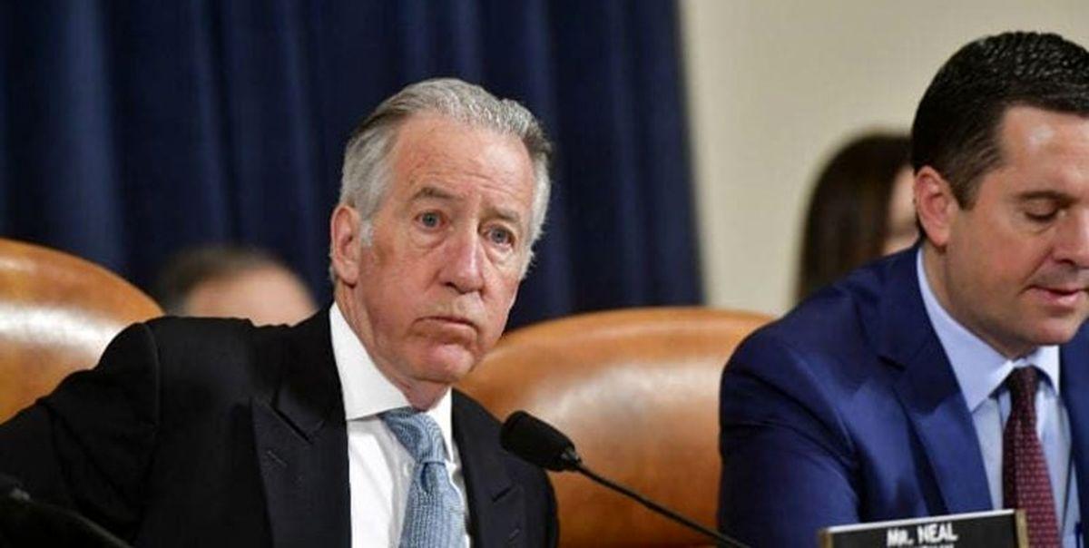 دموکراتها درخواست شفافیت مالیاتی رییس جمهور آمریکا را پس گرفتند