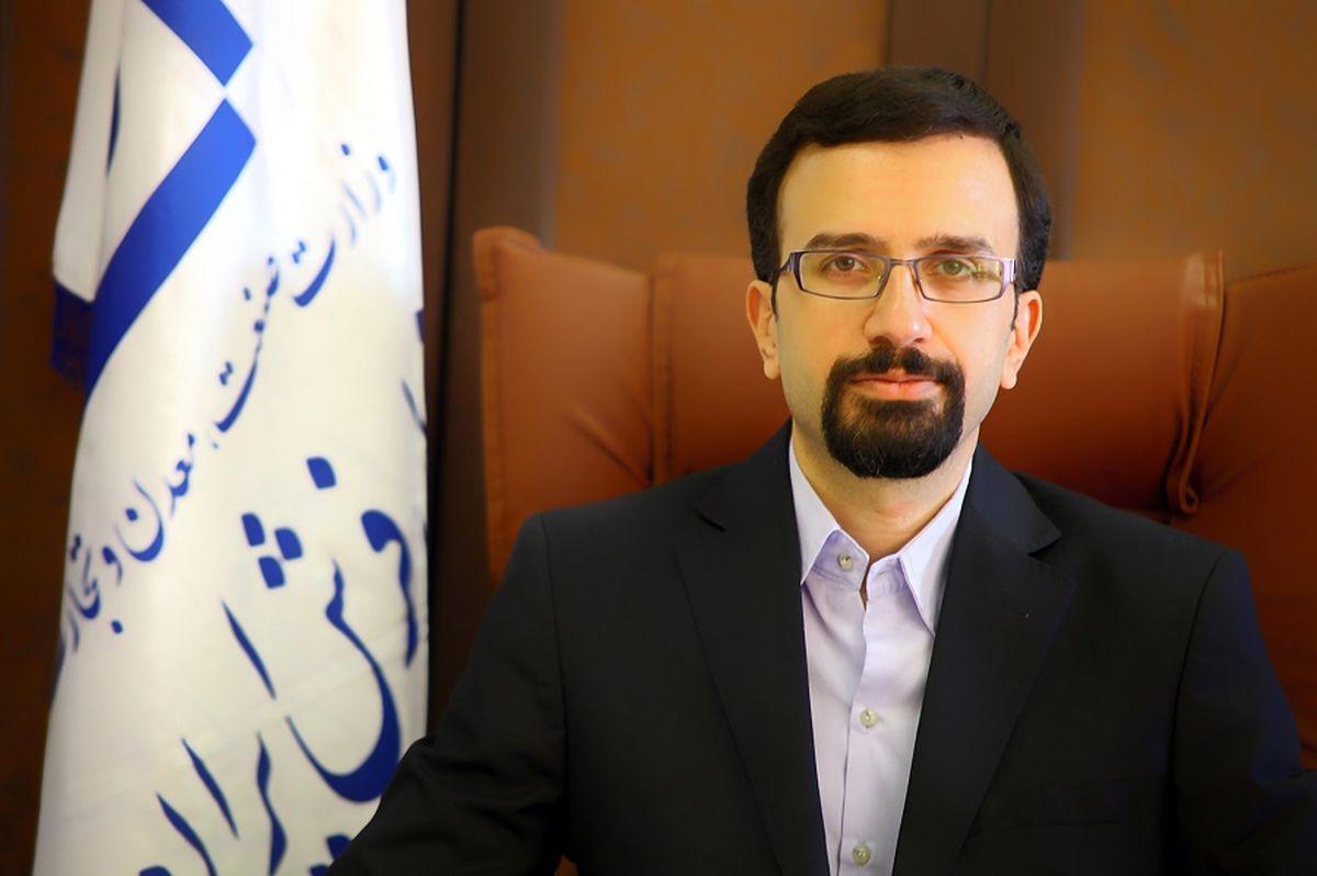 گرههای خارجی در فرش ایرانی / ٣٠درصد از تجارت جهانی فرش از آن ایرانیان است