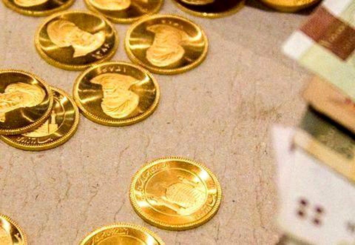 ریزش دلار، قیمت سکه را ارزان کرد (۱۳۹۹/۴/۳۱)