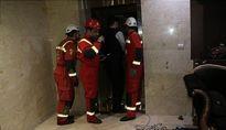 حبس ۹ نفر داخل آسانسوری در سعادتآباد + تصاویر