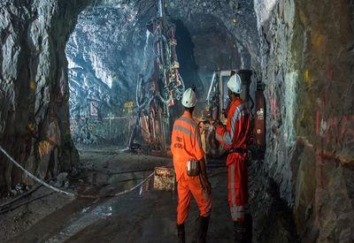 ۲۷۰هزار فرصت شغلی در حوزه صنعت و معدن چگونه ا