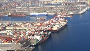 ماجرای توقف ۲ماهه کشتی چینی با محموله یک خاک خاص چیست؟