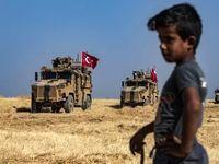 تانکهای غولپیکر ارتش ترکیه و کودک بهتزده سوری +تصاویر