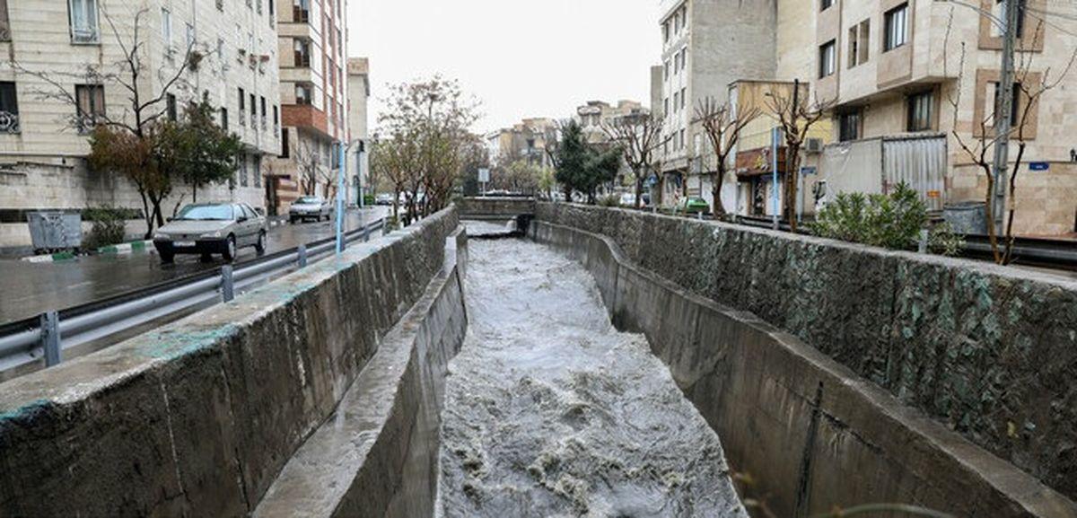 تخریب ۹ساختمان حاشیه دره فرحزاد