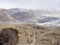 بارش برف در مجموعه جهانی تخت جمشید +تصاویر