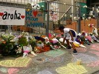 ادای احترام مردم نیوزیلند به قربانیان حادثه تروریستی +فیلم