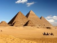 مصر اهرام ثلاثه را به امارات فروخت!