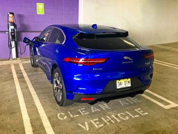 2019-Jaguar-I-Pace-EV400-Blue-14