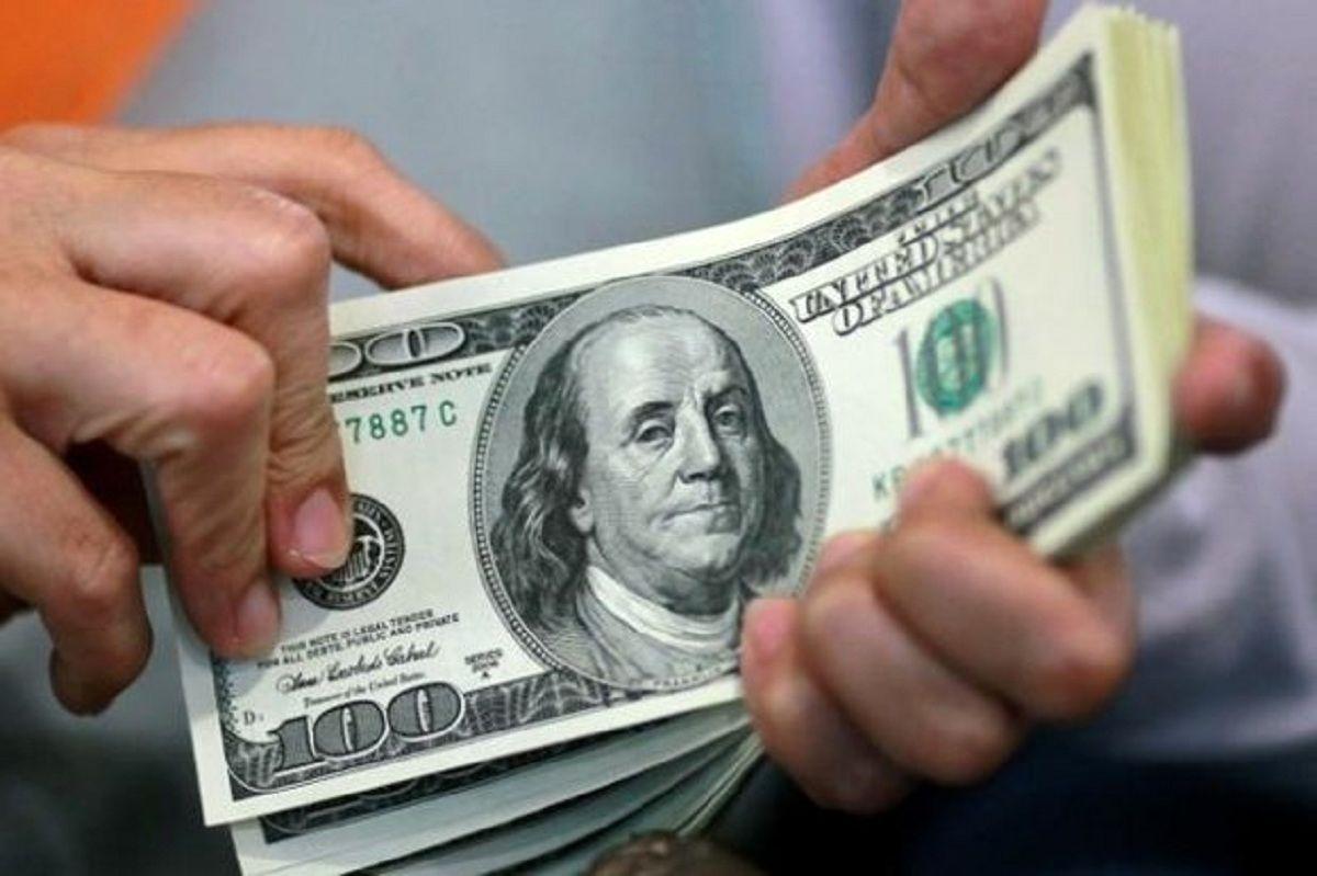 عقبنشینی دلار، جهانگیری یوآن؟