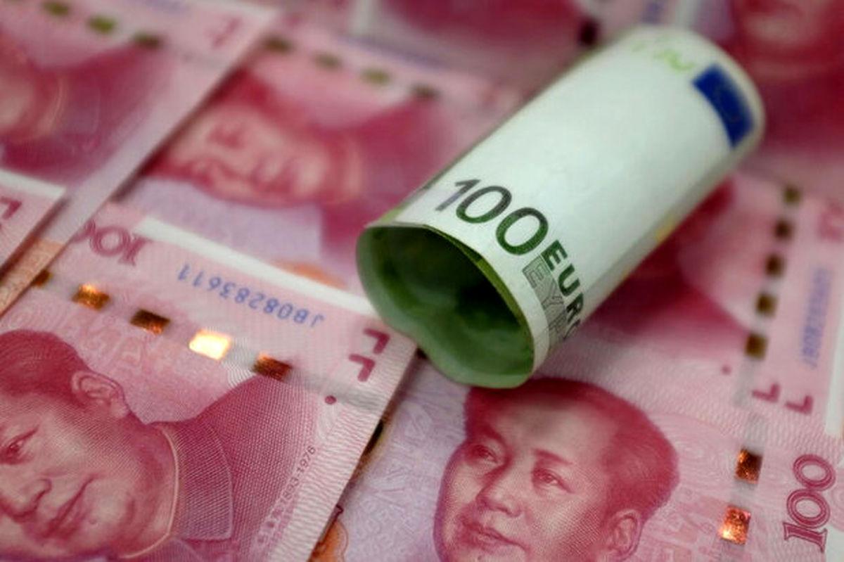یوآن چین  از دلار آمریکا سبقت گرفت