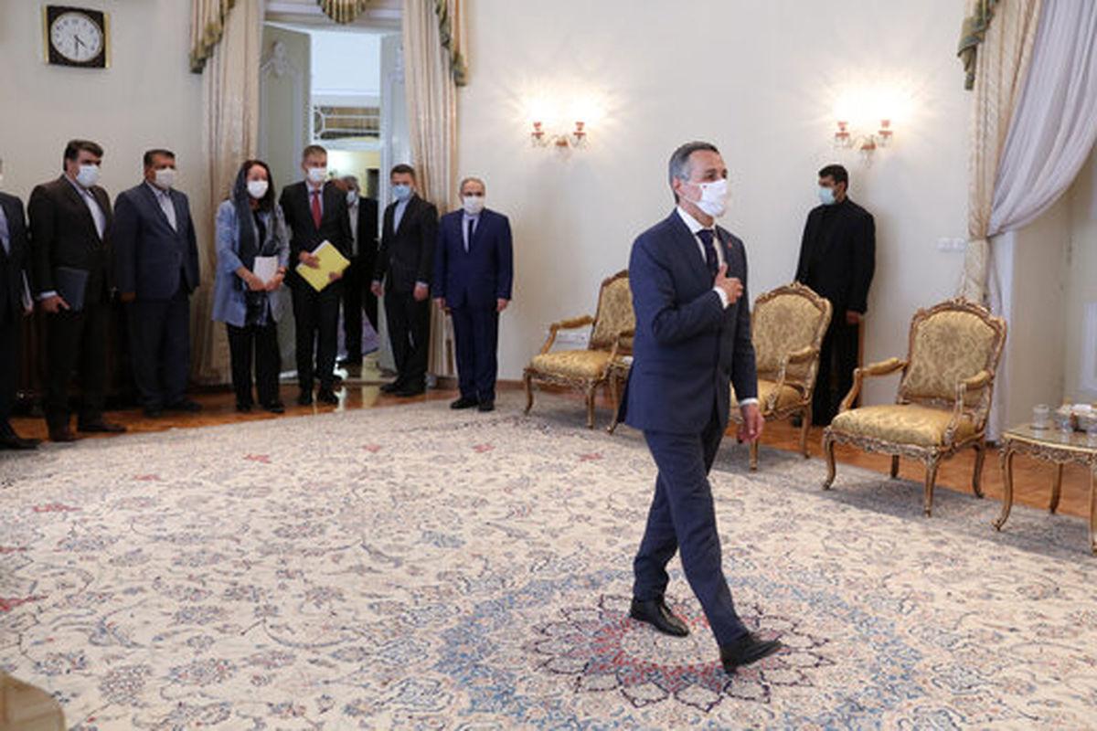 کراوات خاص وزیر خارجه سوئیس در دیدار با روحانی +عکس