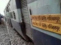خروج قطار از ریل در هندوستان ۷ کشته برجای گذاشت +فیلم