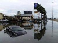 تگزاس در باران سیل آسای طوفان ئیملدا غرق شد +تصاویر