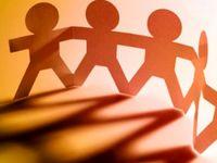 چگونه در جمع توجه همه را به خود جلب کنم؟