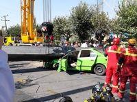 سقوط جرثقیل در اتوبان بسیج ۲کشته برجای گذاشت +عکس