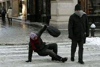 روش راه رفتن درست روی برف +عکس
