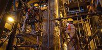 بازسازی، ترمیم، مقاومسازی و آببندی دیوارههای بتنی ماشین ۵ ریختهگری فولاد مبارکه