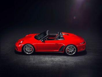 Porsche-911-Speedster-Concept-ll_2018