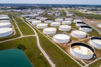 صعود قیمت نفت با بهبود تقاضای سوخت / کاهش نگرانی های افزایش عرضه ایران با صحبت های بلینکن
