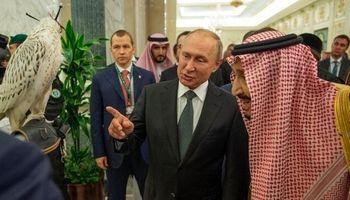 هدیه ویژه پوتین به  پادشاه عربستان +فیلم
