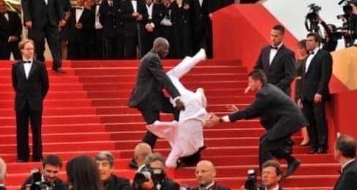 سقوط جیسون درولو از پلهها در مراسم تحلیف +عکس
