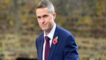 انگلیس مخالف خروج نظامیان آمریکایی از سوریه است