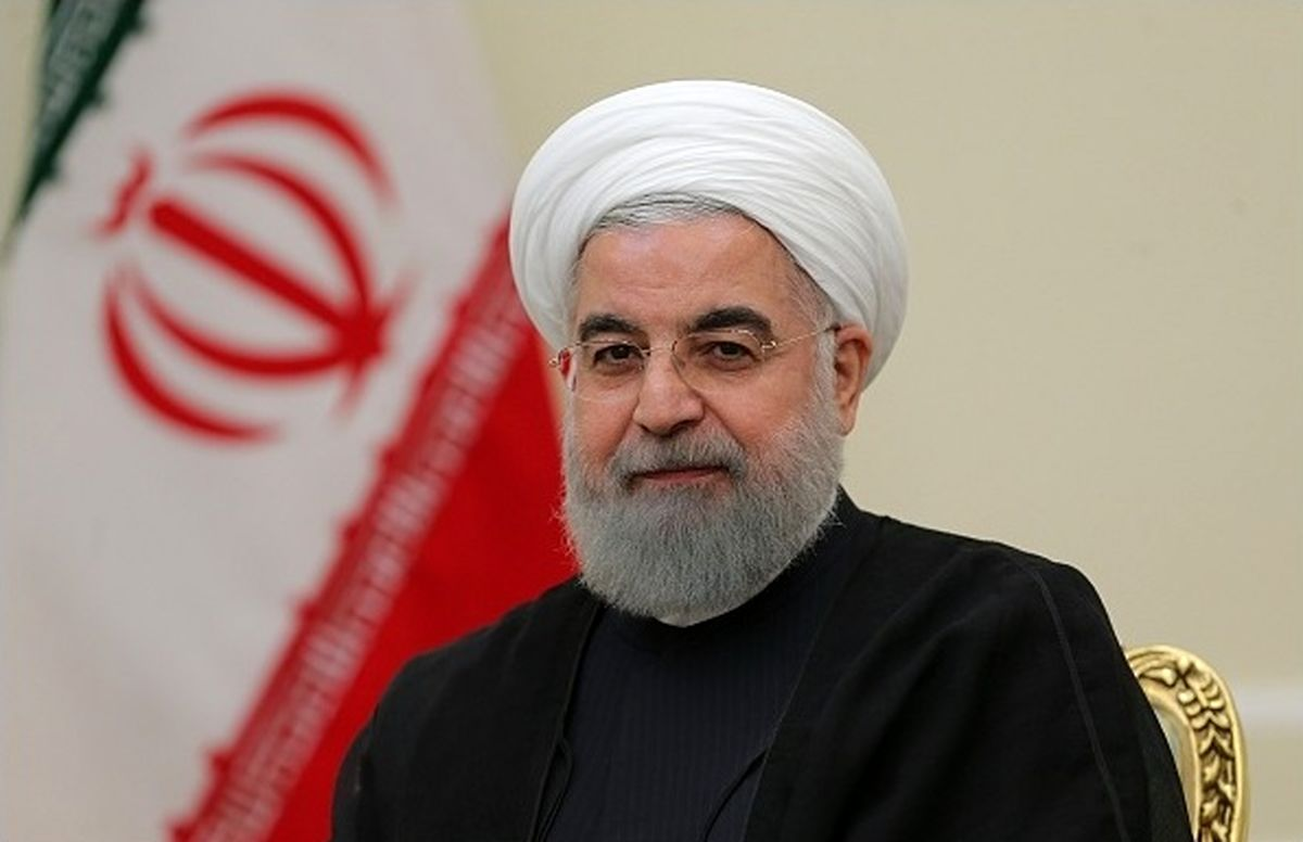 روحانی از مرکز ملی راهبری شبکه برق کشور بازدید کرد