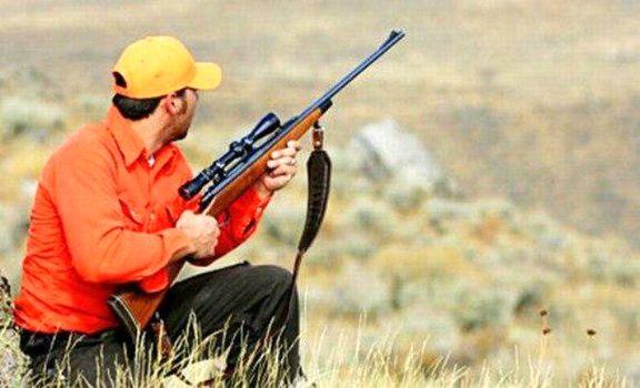 شکارچی به جای گراز، برادرش را کشت