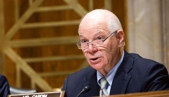 سناتور دموکرات: خروج از برجام آمریکا را منزوی می کند