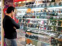 فروشندگان: قیمتها ثابت مانده است/ وزیرارتباطات: قیمتها ۸درصد افت کرد