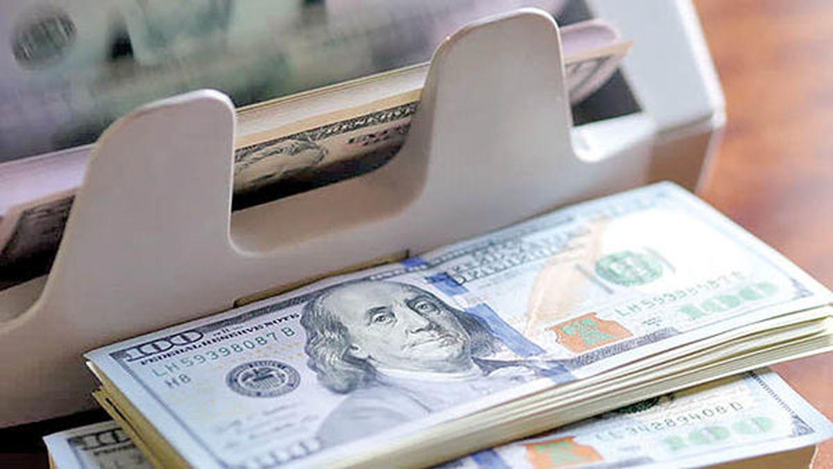ارزش دلار ۲۰درصد در سال آینده میلادی کاهش مییابد