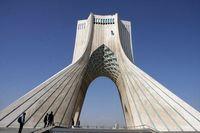 برج آزادی نارنجی شد +عکس
