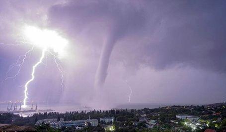 طوفان در اوکراین