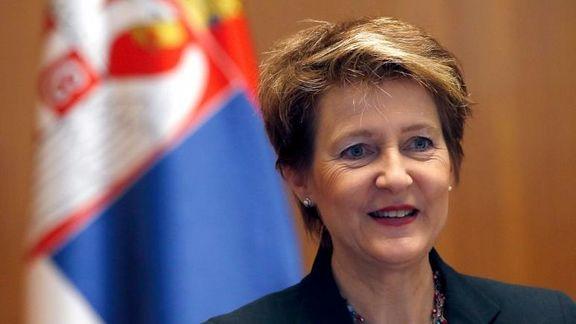 رئیس جمهوری سوئیس 60سالگیاش را با شهروندان هم سنش جشن میگیرد