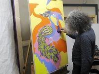 هنرمندی که با میخ نقاشی میکند +عکس