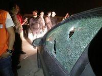 حمله بیرحمانه به اتومبیل خبرنگاران پس از دیدار سپاهان - پرسپولیس +فیلم