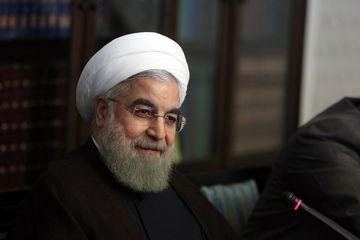روحانی: تقویت صنعت گردشگری به سود اقتصاد است
