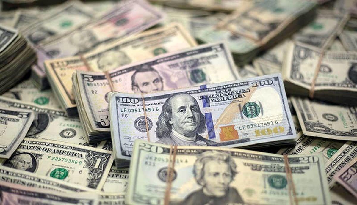کشف  ۱۱میلیارد ارز قاچاق در فرودگاه امام خمینی
