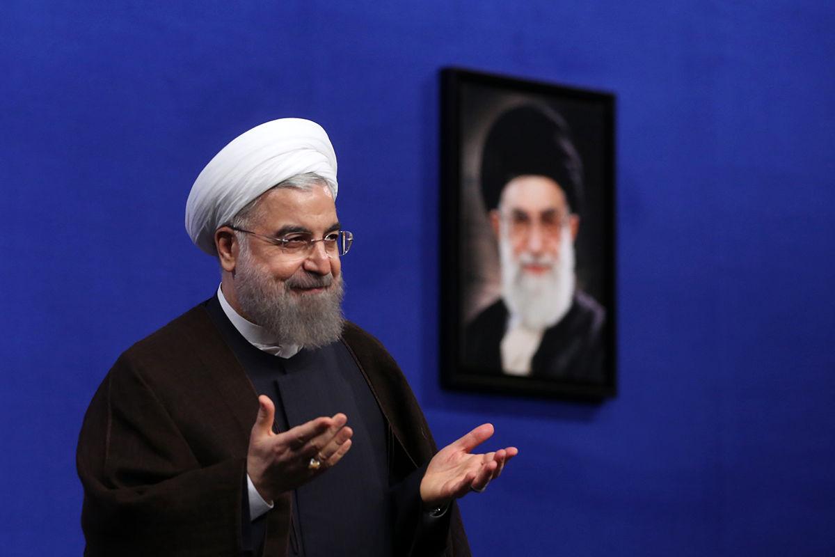 روحانی:دولت در کنار اصحاب فرهنگوهنر است